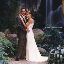 makena-waterfall-wedding1_6078_l