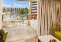 preferred club junior suite pool view 2